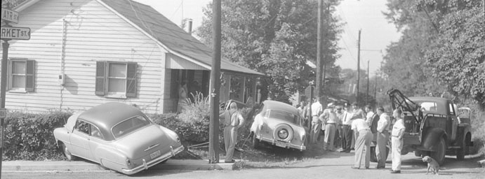 Accident at Ayr & Market Streets, 1955