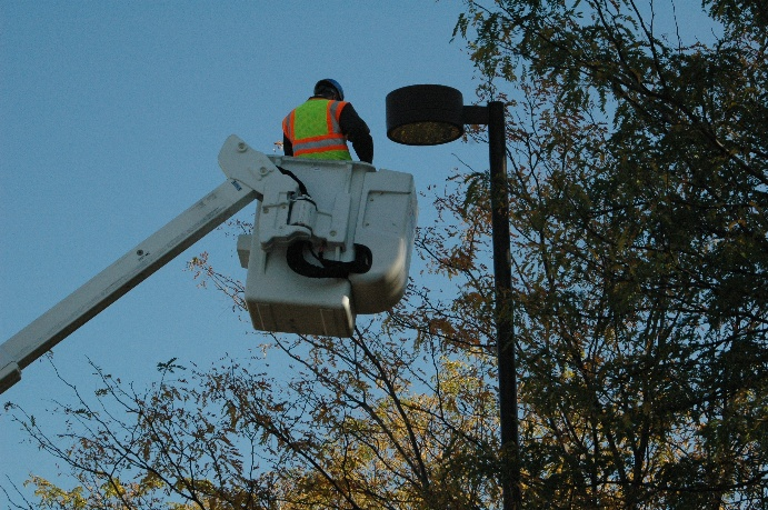 Changing Streetlight Bulb
