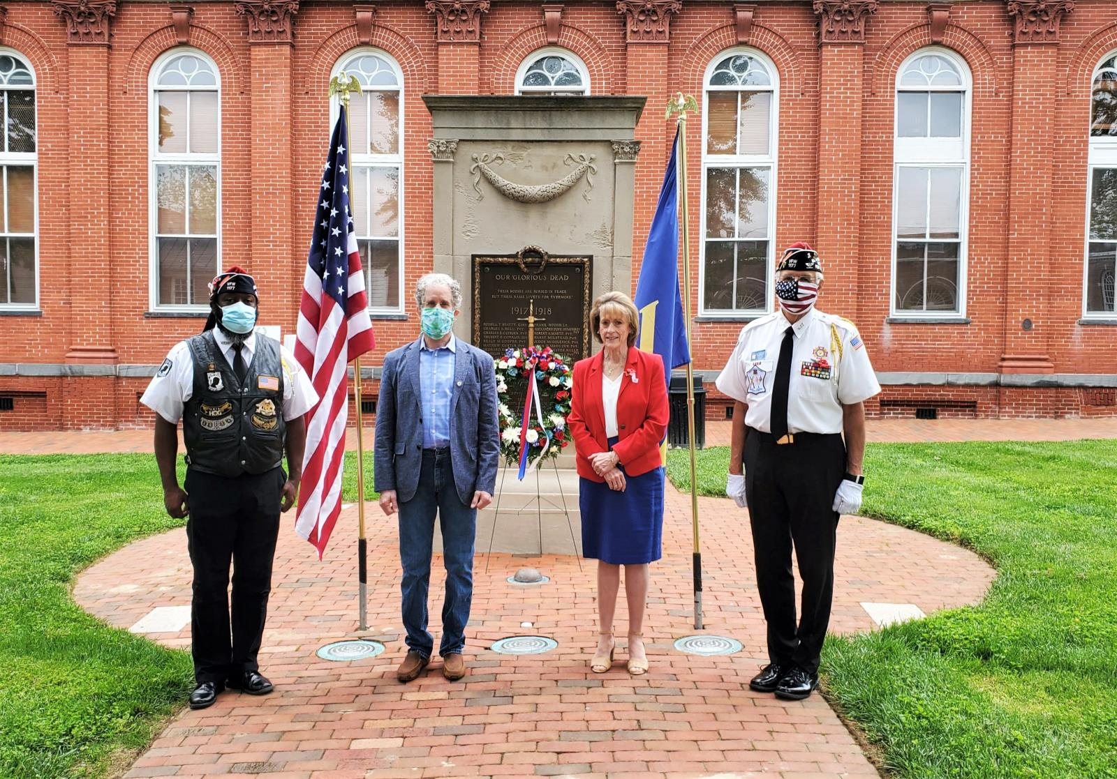 Leesburg Celebrates Memorial Day with Private Observance at Loudoun County Courthouse
