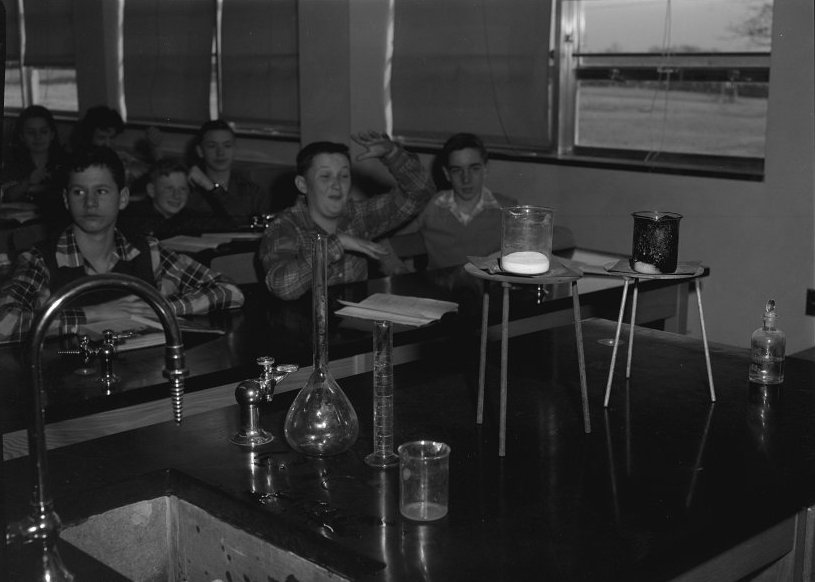 Loudoun County High School chemistry class, 1955